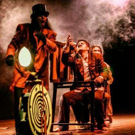 POE - ACTOS, Esquinofrenia Teatro