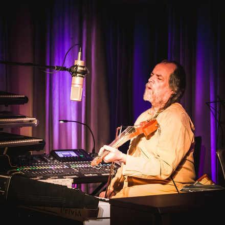 Concierto 'Solamente Música', Joakin Bello  en Concepción
