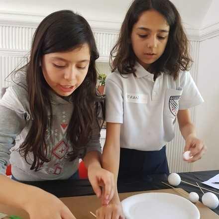 Academia de niñas innovadoras