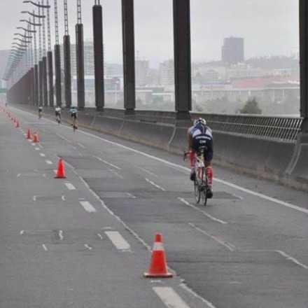Triatlon Suzuki Cruzando El Bio Bio