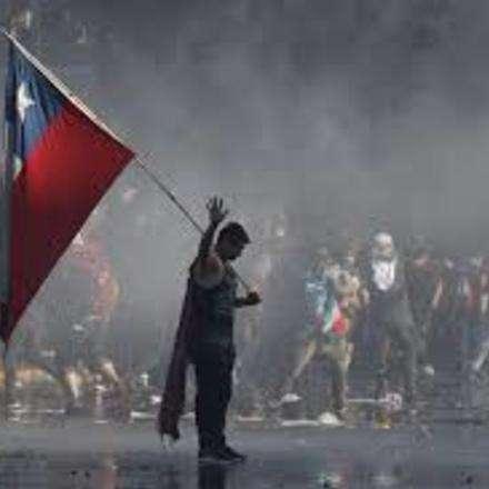"""Taller """"De la transición exitosa a la revolución de octubre"""" II"""