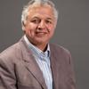 Dr. Sigifredo Laengle